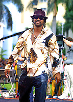 Shaggy arrives at The Source Hip-Hop Music Awards 2001 at the Jackie Gleason Theater in Miami Beach, Florida.  8/20/01  Photo by Craig Ambrosio/ImageDirect