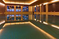 Europe/Suisse/Saanenland/Gstaad: Grand Hôtel Park - La piscine intérieure du spa