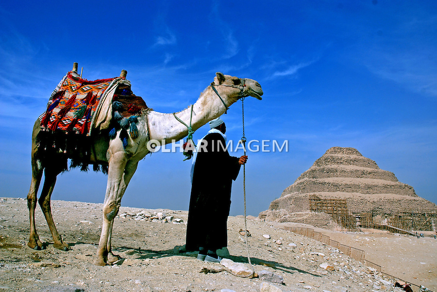 Pirâmide Escalonada em Sakhara. Cairo. Egito. 2010. Foto de Vinicius Romanini.