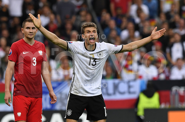 FUSSBALL EURO 2016 GRUPPE C IN PARIS Deutschland - Polen    16.06.2016 Thomas Mueller (Deutschland) emotional