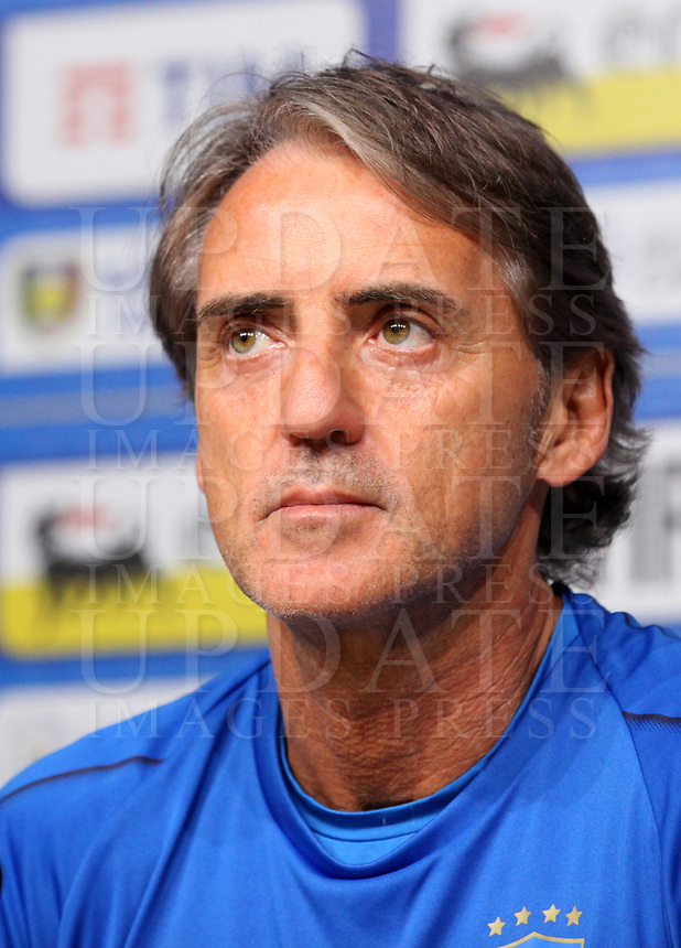 L'allenatore della Nazionale italiana di calcio Roberto Mancini tiene, nel centro sportivo della Juventus a Vinovo, una conferenza stampa alla vigilia della partita amichevole tra l'Italia e l'Olanda. 3 giugno 2018. <br /> Italy's national team coach Roberto Mancini gives a press conference on the eve of the international friendly match between Italy and The Netherlands at the Juventus Training Center in Vinovo, on June 3 2018.<br /> UPDATE IMAGES PRESS/Isabella Bonotto