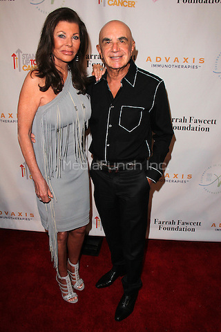 BEVERLY HILLS, CA - SEPTEMBER 9: Robert Shapiro, Linell Shapiro at the Farrah Fawcett Foundation First annual Tex-Mex Fiesta at Wallis Annenberg Center for the Performing Arts on September 9, 2015 in Beverly Hills, California. Credit: David Edwards/MediaPunch
