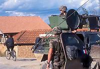 - Kosovo, checkpoint of the French army near Mitroviza town<br /> <br /> - Kossovo, checkpoint dell'esercito francese presso la città di Mitroviza