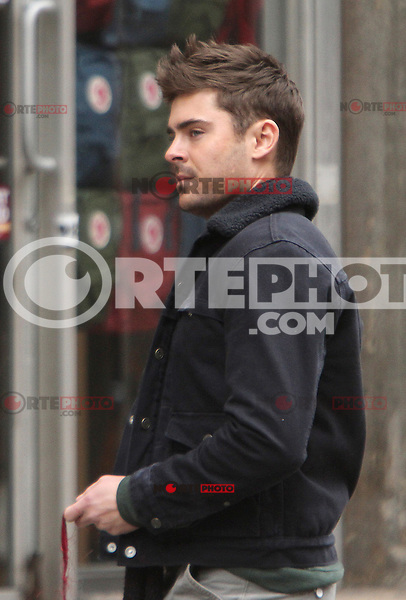 NEW YORK, NY - DECEMBER 20: Zac Efron on the set of Are We Officially Dating. New York City. December 20, 2012. Credit: RW/MediaPunch Inc. /NortePhoto