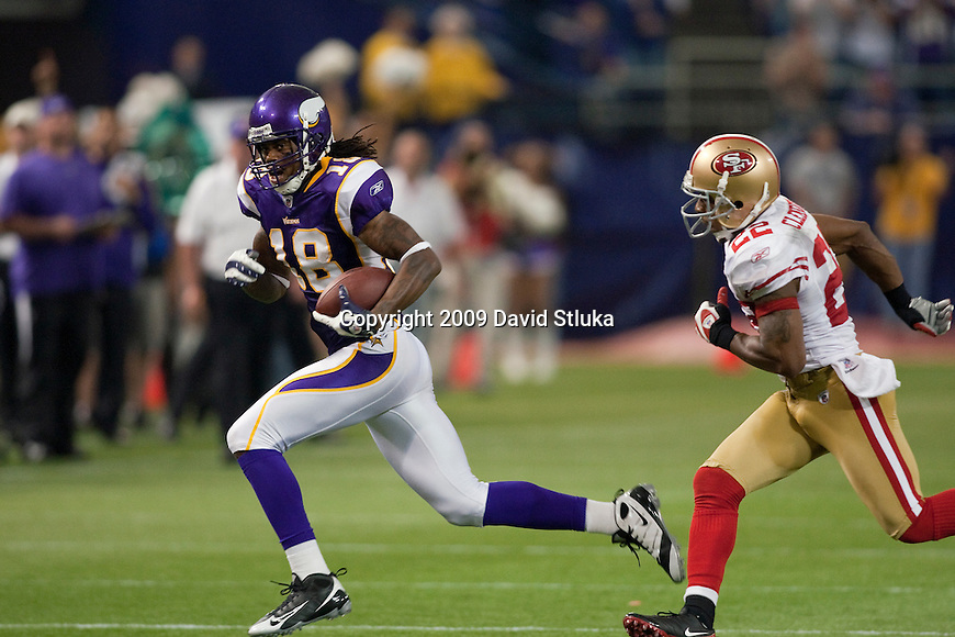Minnesota Vikings wide receiver Sidney Rice (18) gains yardage on a reception during an NFL football game against the San Francisco 49ers at the Hubert H. Humphrey Metrodome on September 27, 2009 in Minneapolis, Minnesota. The Vikings won 27-24. (AP Photo/David Stluka)