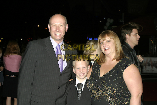 "STEVE PATEMAN & FAMILY.UK Premiere of ""Kinky Boots"" at the Vue West End, Leicester Square, London..October 4th, 2005.half length .www.capitalpictures.com.sales@capitalpictures.com.© Capital Pictures."
