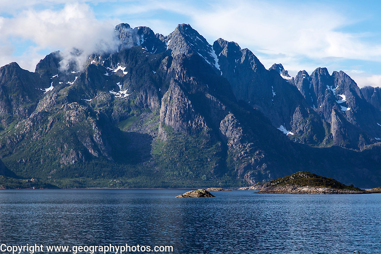 Jagged mountain peaks Raftsundet strait, Lofted Islands, Nordland, northern Norway