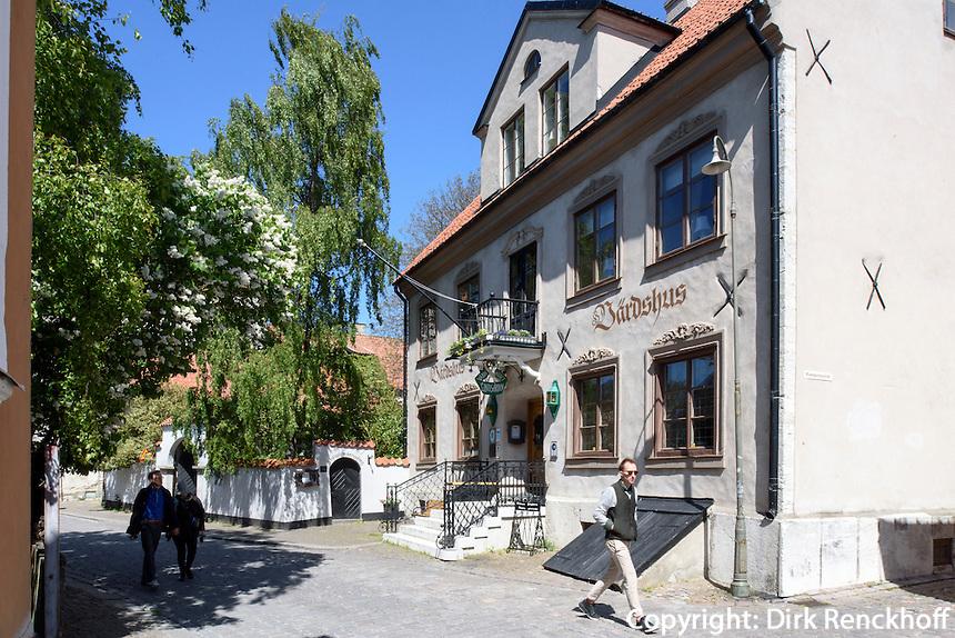 Altes Wirtshaus auf der Strandgatan in Visby, Insel Gotland, Schweden, Europa, UNESCO-Weltkulturerbe<br /> Old inn on Strandgatan  in Visby, Isle of Gotland, Sweden