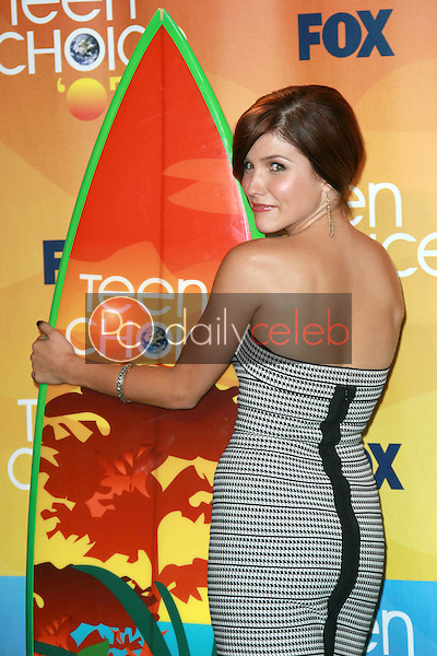 Sophia Bush<br />in the press room of the 2007 Teen Choice Awards. Gibson Amphitheater, Universal City, CA. 08-26-07<br />Dave Edwards/DailyCeleb.com 818-249-4998