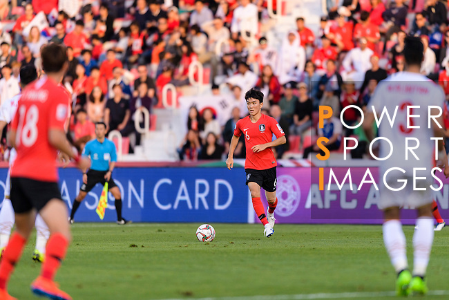 Hwang Inbeom of South Korea in action during the AFC Asian Cup UAE 2019 Round of 16 match between South Korea (KOR) and Bahrain (BHR) at Rashid Stadium on 22 January 2019 in Dubai, United Arab Emirates. Photo by Marcio Rodrigo Machado / Power Sport Images