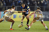 Jonathan Joseph of Bath Rugby puts boot to ball. Aviva Premiership match, between Bath Rugby and Exeter Chiefs on March 23, 2018 at the Recreation Ground in Bath, England. Photo by: Patrick Khachfe / Onside Images
