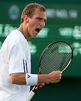 22-06-10, Tennis, England, Wimbledon, Thiemo de Bakker  in jubilation after capturing the seccond set
