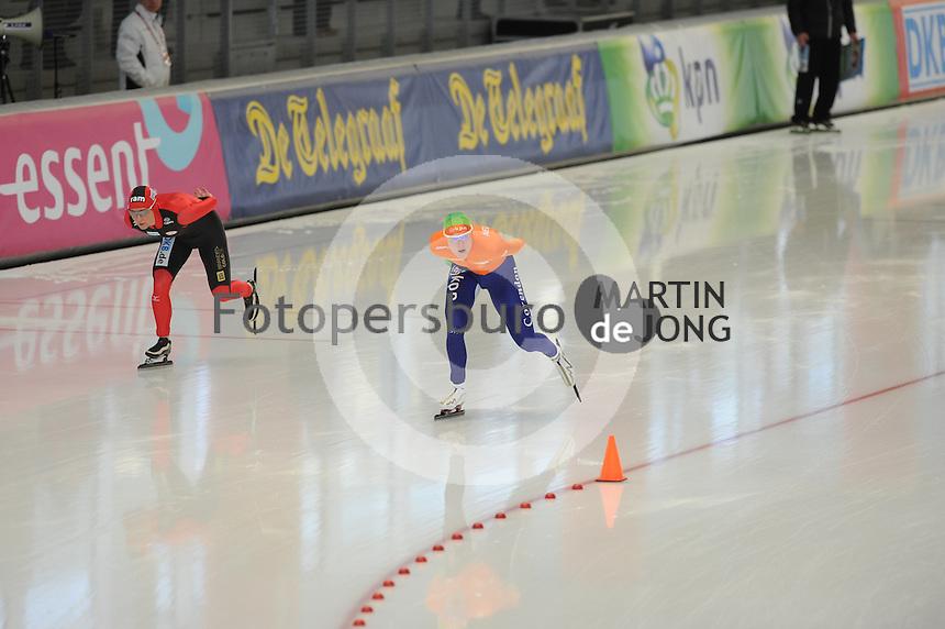 SCHAATSEN: INZELL: Max Eicher Arena, 10-02-2013, Essent ISU World Cup, Season 2012-2013, 3000m Ladies, A-division, Claudia Pechstein (GER), Marije Joling (NED), ©foto Martin de Jong