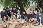 07.01.2019, Broederstroom, Johannesburg, RSA, TL Werder Bremen Johannesburg Tag 05 - Besuch Lion and Safari Park<br /> <br /> im Bild / picture shows <br /> Gruppenbild mit Loewen<br /> <br /> v.li  Jean Manuel Mbom (Werder Bremen #34)<br /> Johannes Eggestein (Werder Bremen #24)<br /> Mario Baric (Videoanalyst Werder Bremen)<br /> Pascal Schichtel (Videoanalyst Werder Bremen)<br /> David Lennart Philipp (Werder Bremen #31)<br /> Luca Plogmann (Werder Bremen #40)<br /> <br /> Foto © nordphoto / Kokenge
