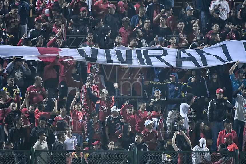 BOGOTÁ - COLOMBIA, 10-11-2018: Hinchas de America de Cali animan a su equipo durante el encuentro entre La Equidad y America de Cali por la fecha 19 de la Liga Águila II 2018 jugado en el estadio Metropolitano de Techo de la ciudad de Bogotá. / Fans of America de Cali cheer for their team during match between La Equidad and America de Cali for the date 19 of the Aguila League II 2018 played at Metropolitano de Techo stadium in Bogotá city. Photo: VizzorImage/ Gabriel Aponte / Staff