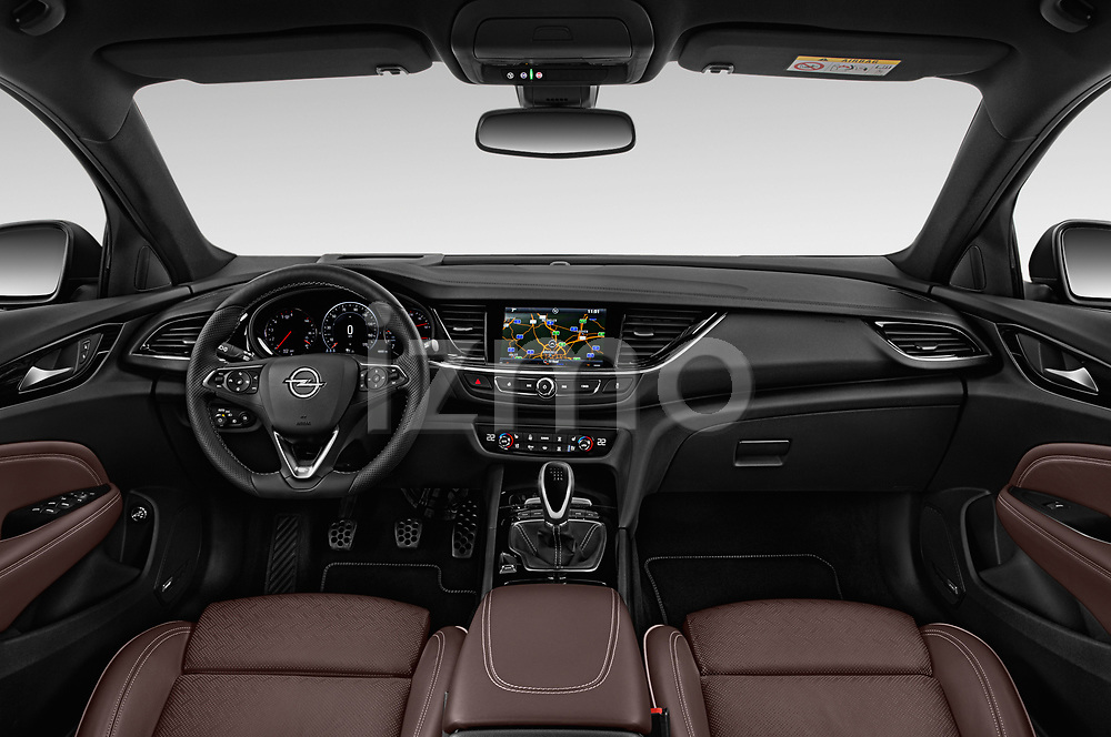 Stock photo of straight dashboard view of a 2018 Opel Insignia Sports Tourer Dynamic 5 Door Wagon