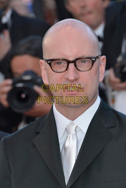 Steven Soderbergh.'Cleopatra' premiere at the 66th  Cannes Film Festival, France..21st May 2013.headshot portrait black white glasses shirt tie .CAP/PL.©Phil Loftus/Capital Pictures.