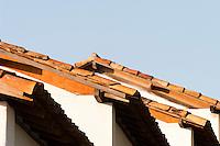 Congonhas_MG, Brasil...Detalhe do telhado da casas em Congonhas...Detail of roof houses in Congonhas...Foto: LEO DRUMOND / NITRO.