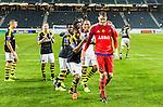 Solna 2015-07-09 Fotboll Kval UEFA Europa League AIK - VPS Vaasa : <br /> AIK:s m&aring;lvakt Oscar Linn&eacute;r med lagkamrater p&aring; v&auml;g att sjunga med AIK:s supportrar efter matchen mellan AIK och VPS Vaasa<br /> (Foto: Kenta J&ouml;nsson) Nyckelord:  AIK Gnaget Friends Arena UEFA Europa League Kval Kvalmatch Solna Stockholm VPS Vaasa Finland jubel gl&auml;dje lycka glad happy supporter fans publik supporters