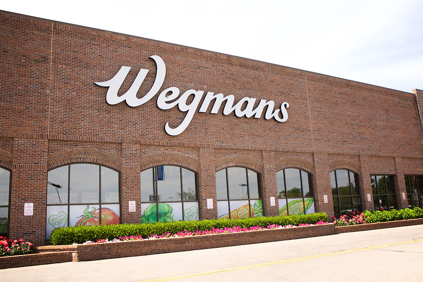 Rochester, NY - June 23, 2016: The Wegman's flagship store in Pittsford Plaza.<br /> <br /> CREDIT: Clay Williams.<br /> <br /> &copy; Clay Williams / claywilliamsphoto.com
