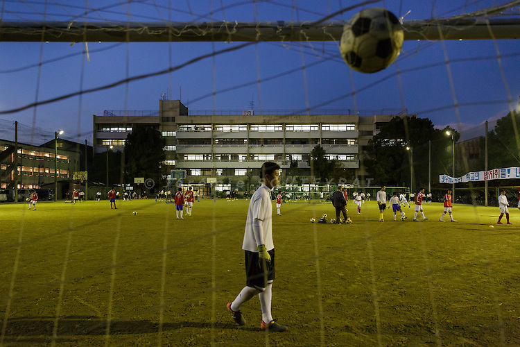 Osaka, Japan, November 25 2016 - Students at East-Osaka Korean middle school (Higashi-Osaka chosen chugakko) practice sport or cultural activities (music, dance, etc&hellip;) everyday after school. <br /> 140 Korean schools are operated in Japan, including kindergartens and one university. The schools were initially funded by North Korea, but this money has dried up and the Japanese government has refused the Chosen Soren (General Association of Korean Residents in Japan with close ties to North Korea)&rsquo;s requests that it fund Korean schools.<br /> Professors at East-Osaka Korean middle school have not been paid for months.