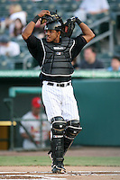 April 13, 2009:  Catcher Miguel Fermin (10) of the Jupiter Hammerheads, Florida State League Class-A affiliate of the Florida Marlins, during a game at Roger Dean Stadium in Jupiter, FL.  Photo by:  Mike Janes/Four Seam Images