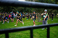 BOGOTÁ -COLOMBIA, 28-07-2018: Aspecto de los participantes en la media maratón de Bogotá 2019, mmB. Con sus tradicionales 21km, en esta ocasión el ganador en elite varones fue Tamirat Tola de Etiopia, con un tiempo de 1h 02m 25s, y en elite mujeres Ruth Chepngetich de Kenya con un tiempo de 1h 10m 39s. / Aspect of the people during the half marathon of Bogota 2018, mmB. With its 21Km in this edition the winner was Tamirat Tola of Ethiopia in elite men category with a time of 1h 02m 35s, and in elite women the winner was Ruth Chepngetich of Kenya with a time of 1h 10m 39s. Photo: VizzorImage / Diego Cuevas / Cont
