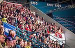 Stockholm 2014-09-11 Ishockey Hockeyallsvenskan AIK - S&ouml;dert&auml;lje SK :  <br /> S&ouml;dert&auml;ljes supportrar p&aring; l&auml;ktaren under matchen<br /> (Foto: Kenta J&ouml;nsson) Nyckelord:  AIK Gnaget Hockeyallsvenskan Allsvenskan Hovet Johanneshovs Isstadion S&ouml;dert&auml;lje SK SSK supporter fans publik supporters