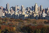 NEW YORK, NY, 16.11.2016 - TURISMO-NEW YORK - Vista no Central Park com prédios ao fundo em Manhattan na cidade de New York nos Estados Unidos nesta quarta-feira, 16. (Foto: Vanessa Carvalho/Brazil Photo Press)