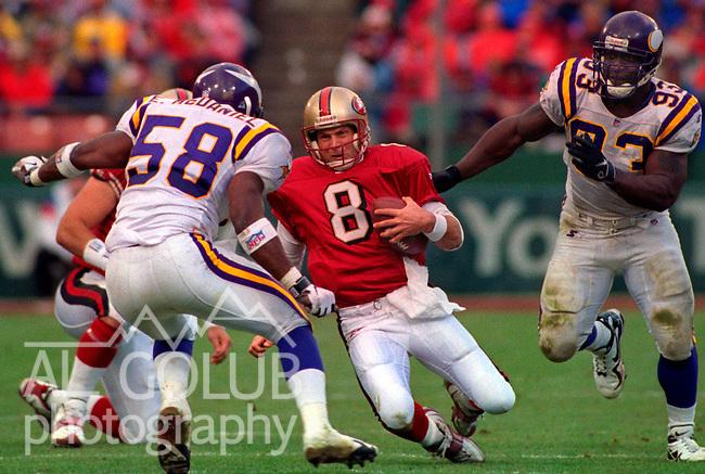 San Francisco 49ers vs. Minnesota Vikings at Candlestick Park Saturday, January 3, 1998.  49ers beat Vikings  38-22.  San Francisco 49ers quarterback Steve Young (8).