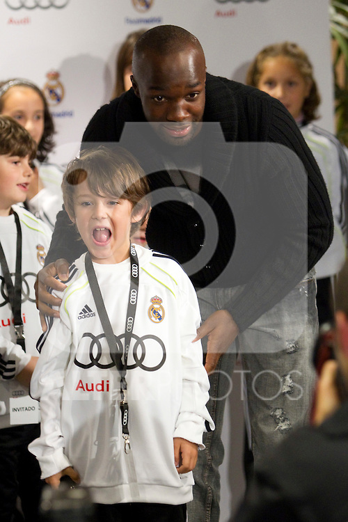 MADRID (08/11/2010).- Real Madrid players recieve new cars from Audi, team Sponsor. Lassana Diarra...Photo: Cesar Cebolla / ALFAQUI