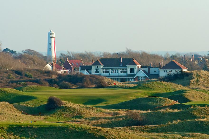 17th Green & Clubhouse/Championship Course/Burnham & Berrow Golf Club, Burnham-on-Sea, Somerset, England. .Photo Credit/Phil Inglis.....