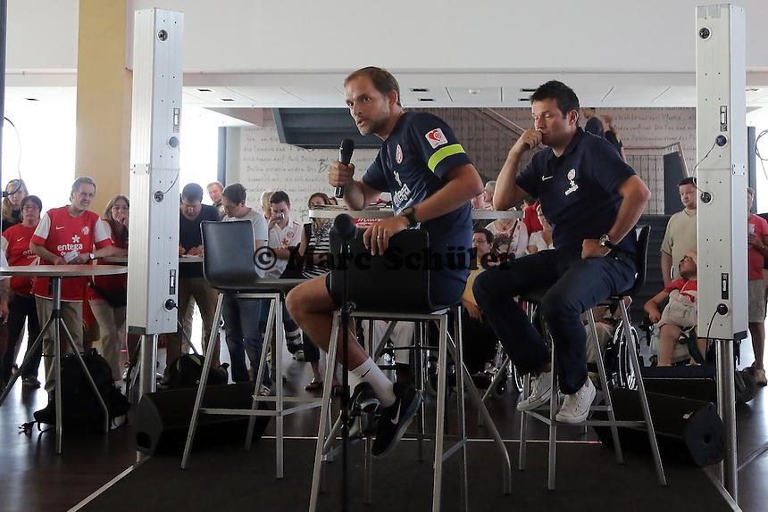 Trainer Thomas Tuchel (Mainz 05) und Manager Christian Heidel stellen sich den Fragen der Fans