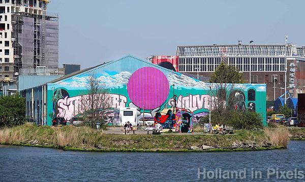 Nederland -  Amsterdam -  april 2019.    Loods met muurschildering op de NDSM-Werf.   Foto Berlinda van Dam / Hollandse Hoogte