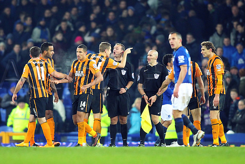 03.12.2014.  Liverpool, England. Premier League. Everton versus Hull. Hull City defender Michael Dawson exchanges words with the referee