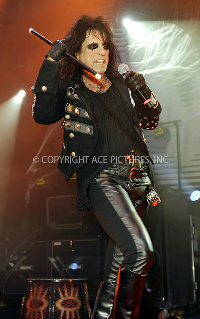 WWW.ACEPIXS.COM . . . . .  ..... . . . . US SALES ONLY . . . . .....October 31 2010, London....Alice Cooper live at the Roundhouse on October 31 2010 in London....Please byline: FAMOUS-ACE PICTURES... . . . .  ....Ace Pictures, Inc:  ..Tel: (212) 243-8787..e-mail: info@acepixs.com..web: http://www.acepixs.com
