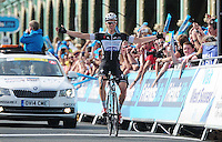 Picture by Simon Wilkinson/SWpix.com - 13/09/2014 - Cycling - 2014 Friends Life Tour of Britain - Stage 7, Camberley to Brighton - Omega Pharma Quick-Step's Julien Vermote celebrates winning Stage 7 in Brighton.