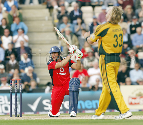 9th September 2009. Shane Watson rues his luck as Tim Bresnan hits him for four. Cricket One Day International at the Rose Bowl, Southampton, England. England v Australia.Photo: Colin Read/ActionPlus.