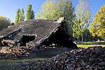 Ruiny - obecny stan komory gazowej i Krematorium III, Auschwitz II-Birkenau<br /> Ruins - present state of gas chamber and Crematory III, Auschwitz II-Birkenau, Poland