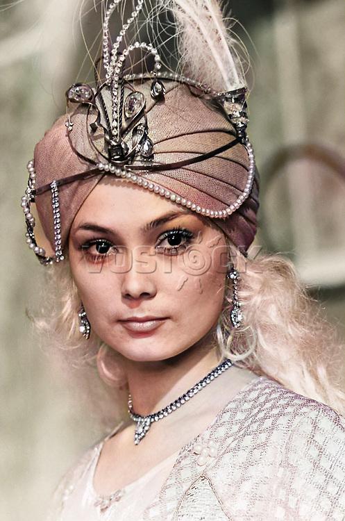 Actress Larisa Belogurova acting as Malika in the film And One More Night of Scheherazade.