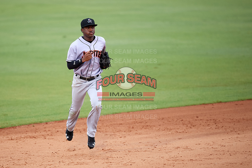 Jupiter Hammerheads right fielder Anfernee Seymour (26) jogs to the dugout during a game against the Bradenton Marauders on May 25, 2018 at LECOM Park in Bradenton, Florida.  Jupiter defeated Bradenton 3-2.  (Mike Janes/Four Seam Images)