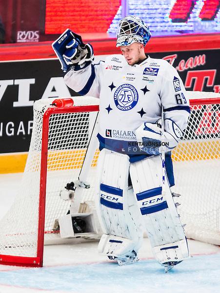Stockholm 2014-09-17 Ishockey SHL Djurg&aring;rdens IF - Leksands IF :  <br /> Leksands m&aring;lvakt Oscar Alsenfelt ser nedst&auml;md ut<br /> (Foto: Kenta J&ouml;nsson) Nyckelord:  Djurg&aring;rden DIF Hockey Globen Ericsson Globe Arena SHL Leksand LIF depp besviken besvikelse sorg ledsen deppig nedst&auml;md uppgiven sad disappointment disappointed dejected