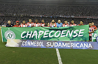 BARRANQUIILLA - COLOMBIA, 30-11-2017: Atlético Junior de Colombia y Flamengo de Brasil en partido de vuelta por la semifinal 2 de la Copa CONMEBOL Sudamericana 2017  jugado en el estadio Metropolitano Roberto Meléndez de la ciudad de Barranquilla. / Atlético Junior of Colombia and Flamengo of Brazil in second leg match for the semifinal 2 of the Copa CONMEBOL Sudamericana 2017played at Metropolitano Roberto Melendez stadium in Barranquilla city.  Photo: VizzorImage / Gabriel Aponte / Staff