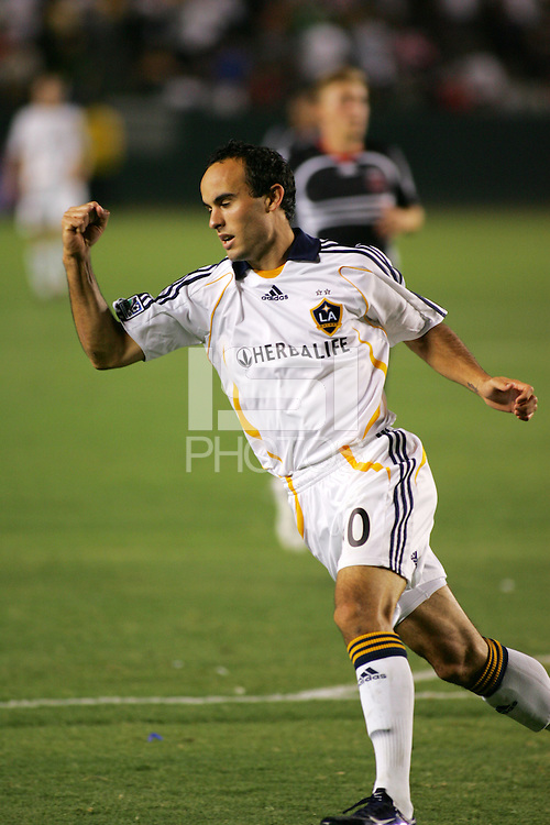 Los Angeles Galaxy forward (10) Landon Donovan. LA Galaxy defeated DC United 2-0 in the Semi Final of the SuperLiga at the Home Depot Center in Carson, California, Wednesday, August 15, 2007.