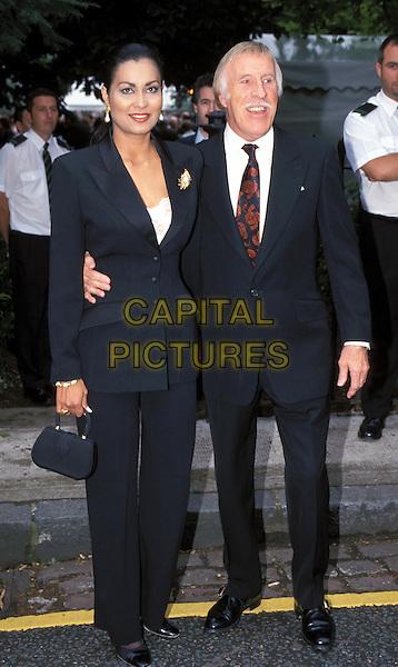 BRUCE FORSYTH & WIFE.BRUCE FORSYTHE.Ref: 9823.www.capitalpictures.com.sales@capitalpictures.com.©Capital Pictures.