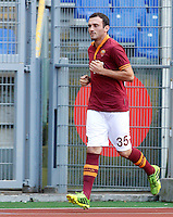 "Calcio: allenamento a porte aperte ""Open Day"" per la presentazione della Roma, a Roma, stadio Olimpico, 21 agosto 2013.<br /> AS Roma defender Vasilis Torosidis, of Greece, attends the club's Open Day training session at Rome's Olympic stadium, 21 August 2013.<br /> UPDATE IMAGES PRESS/Riccardo De Luca"