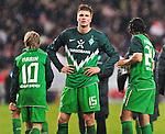 07.11.2010, Mercedes-Benz Arena, Stuttgart, GER, 1. FBL, VfB Stuttgart vs Werder Bremen, im Bild Marko Marin (Bremen #10), Sebastian Proedl (Bremen #15), Claudio Pizarro (Bremen #24), Foto © nph / Roth