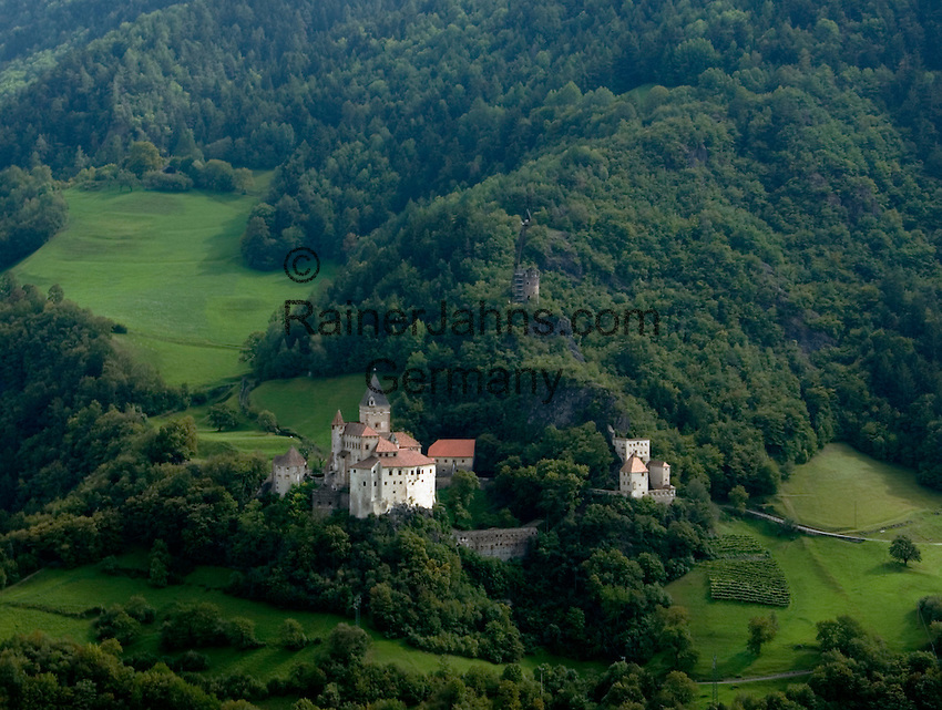 Italy, South Tyrol, Alto Adige, Isarco Valley, castle Trostburg above Waidbruck