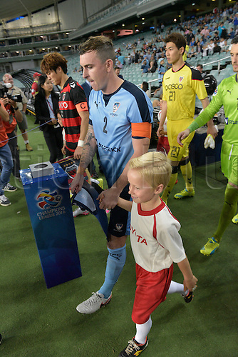 05.04.2016. Sydney Football Stadium,Sydney, Australia. AFC Champions League. Sydney captain Sebastian Ryall leads his team out. Sydney v Pohang Steelers.