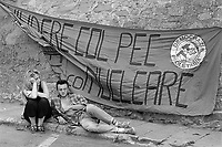 - Manifestazione contro la centrale nucleare sperimentale PEC dell'ENEA sul lago Brasimone (Bologna, giugno 1987)<br /> <br /> - Dmonstration against ENEA's PEC experimental nuclear power plant on lake Brasimone (Bologna, June 1987)